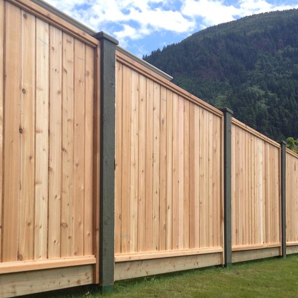 square lattice cedar fence panels big red cedar. Black Bedroom Furniture Sets. Home Design Ideas